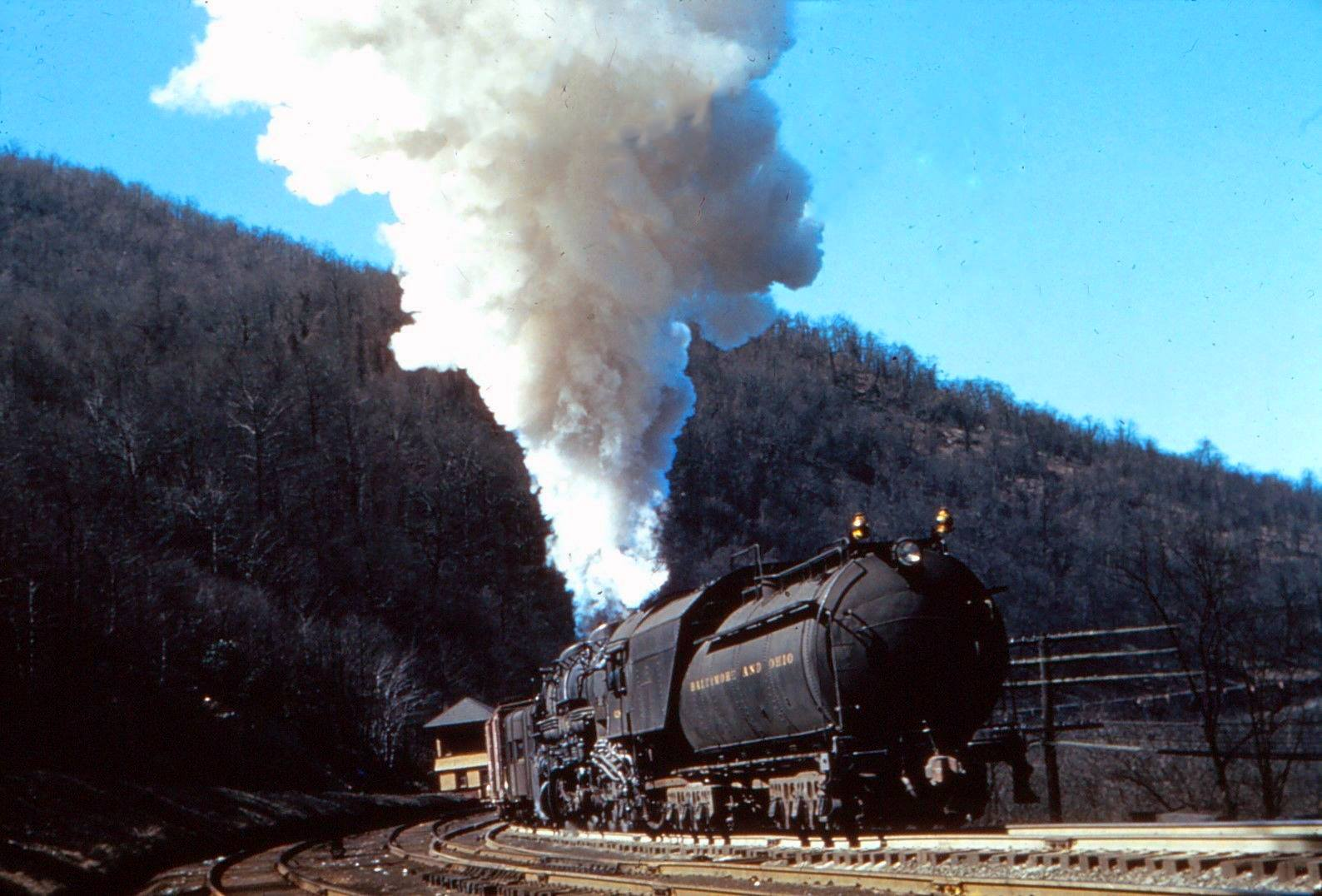 Image result for great northern r-2 steam locomotive