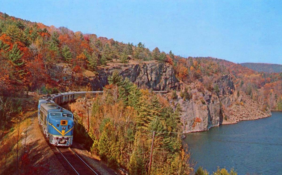 Train to colorado from pa - Wisconsin Fall Foliage Train Rides