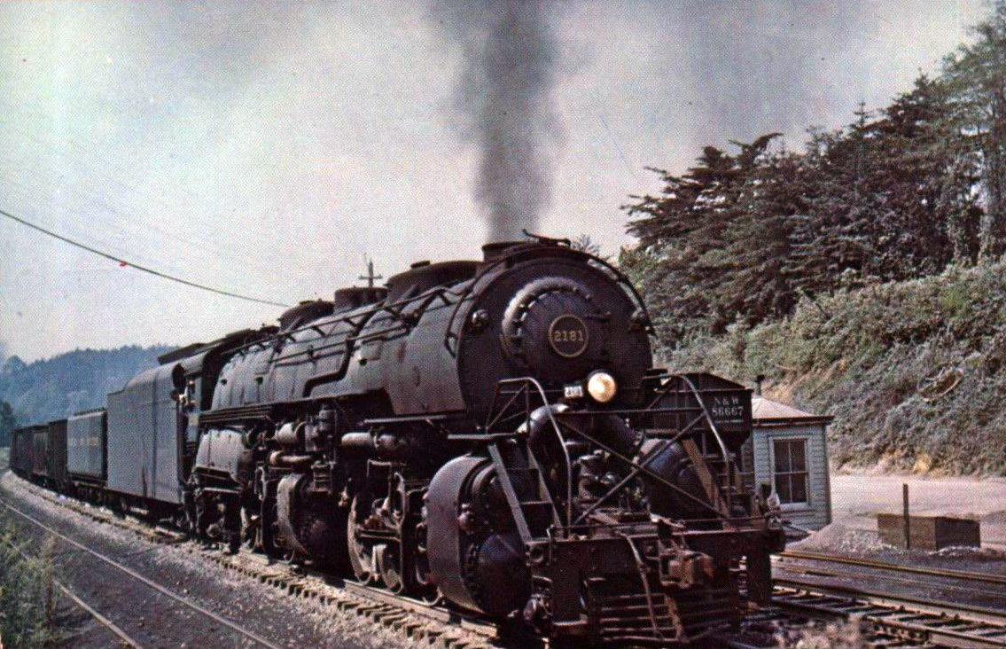Image result for great northern r-2 freight train