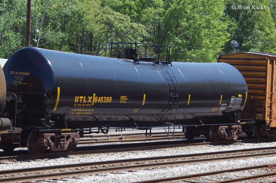 Tank Cars Moving Liquids By Rail